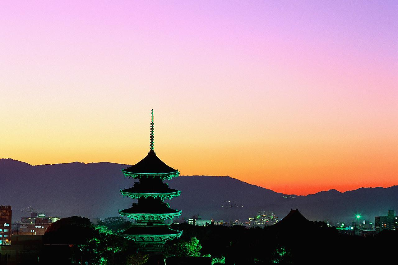 Toji Temple Glowing at Evening